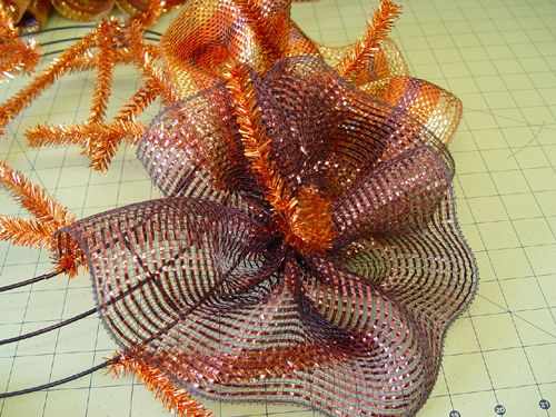 poly mesh wreaths instructions