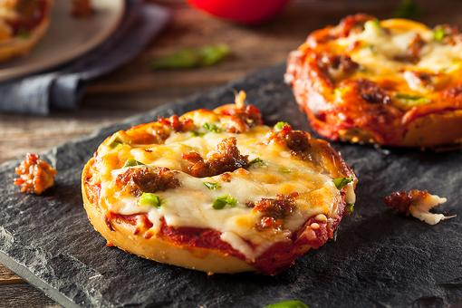 mini pizza bagels cooking instructions