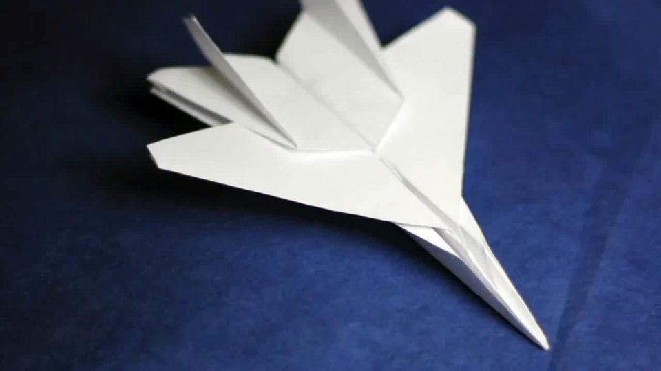 paper airplane designs instructions