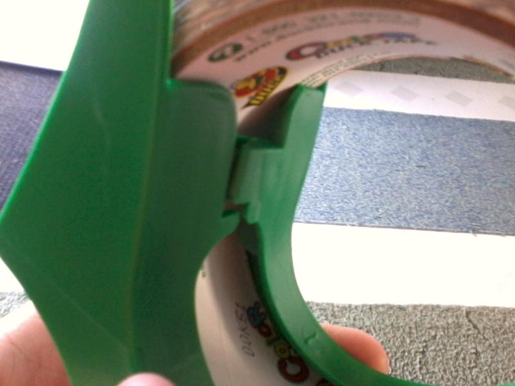 duck tape dispenser instructions