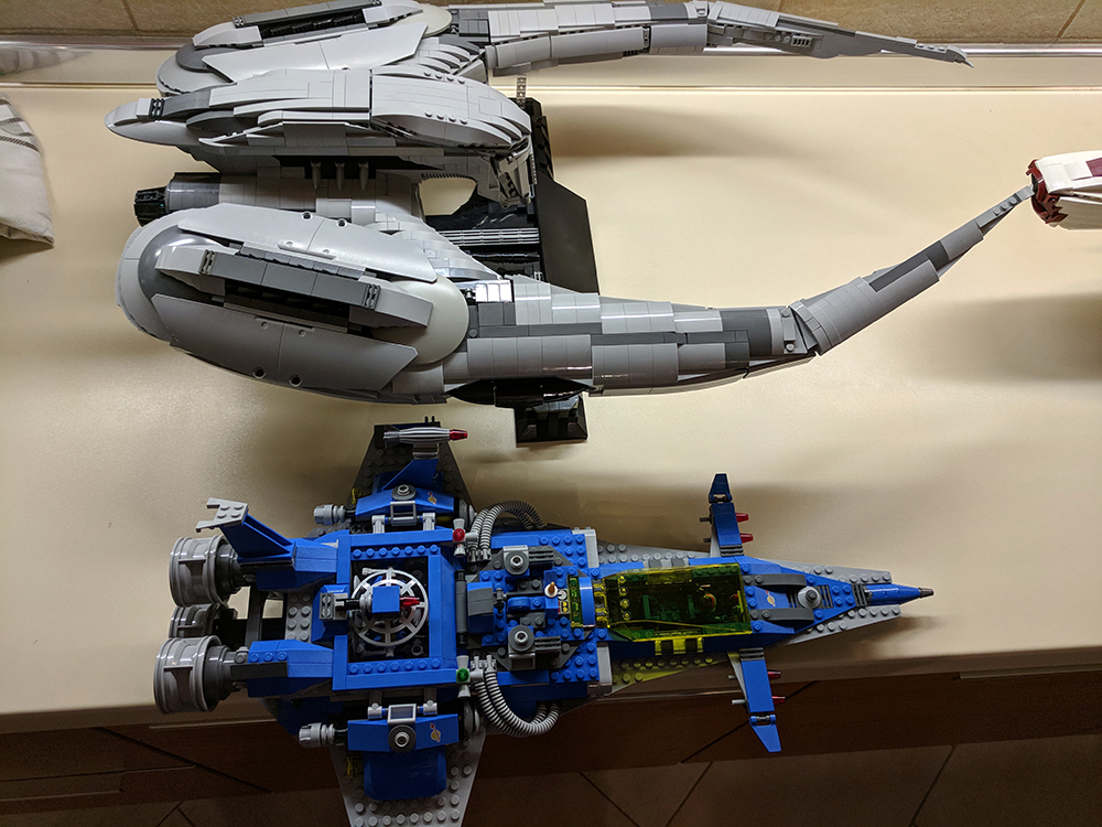 lego cylon raider instructions